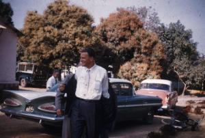Billy Graham arriving at Sim
